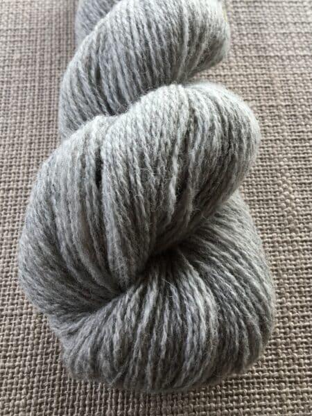 #41 tynd - lys grå