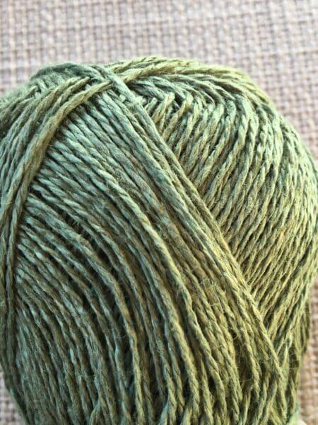 #62 hør - mosgrøn